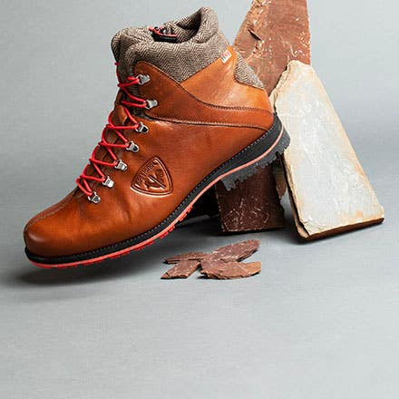 Winter boots our selection to stay warm!